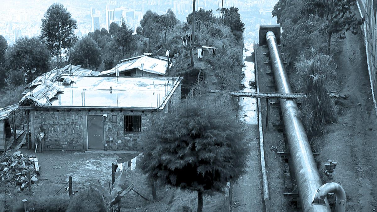 cuw front slide 03